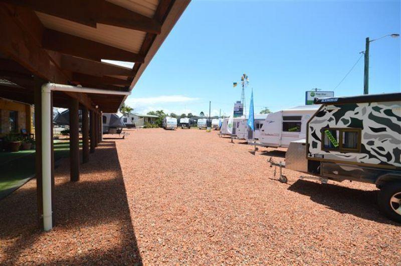 Display Yard, Site Office and Showroom