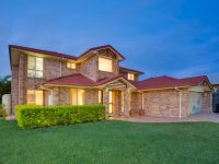 4 McCormack Place Wakerley, Qld