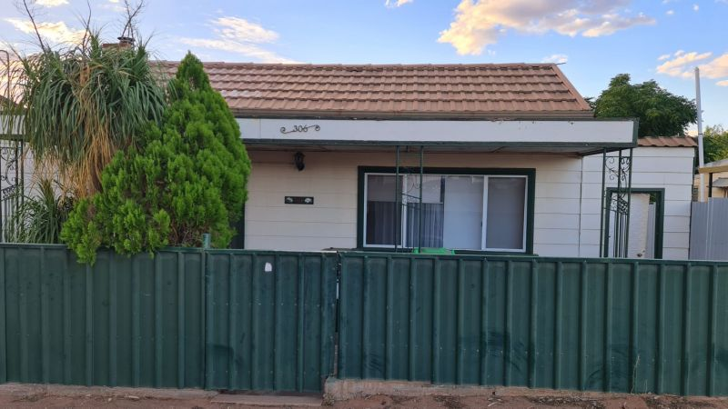 For Rent By Owner:: Broken Hill, NSW 2880