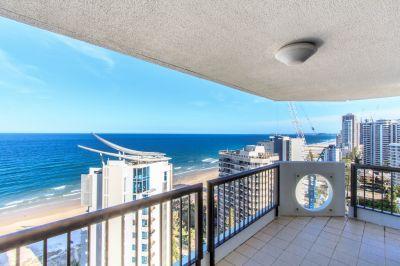 High Floor Beachfront Apartment
