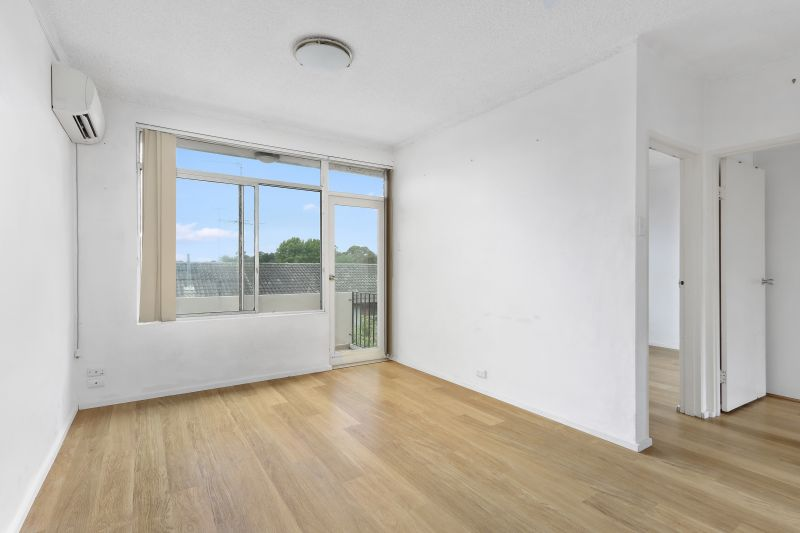 Fresh 2 bedroom apartment in ideal location