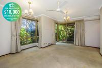 19 Argyle Estate - Lush gardens surround this private, original and tidy two-bedroom villa