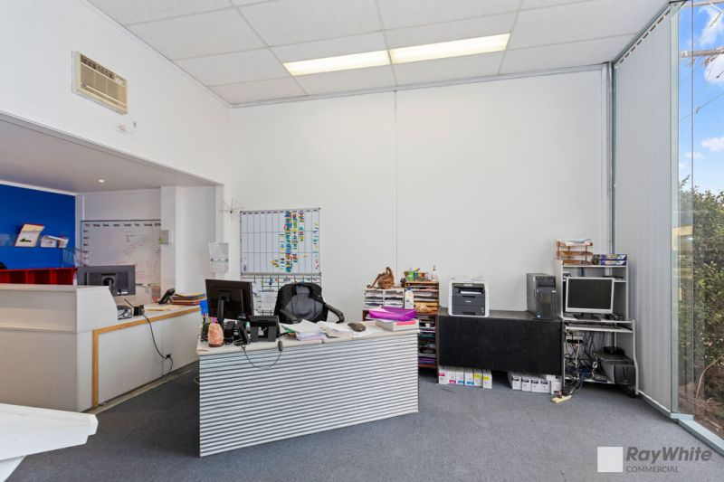 Functional Office/Warehouse in Growing Location – Occupy or Invest!