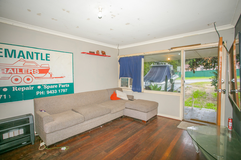For Sale By Owner: 6 Romeo Road, Coolbellup, WA 6163