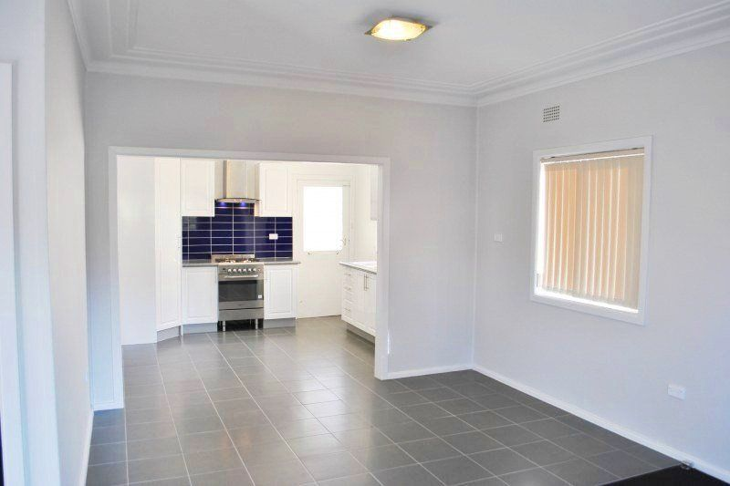 18 Greenacre Road, Greenacre NSW 2190