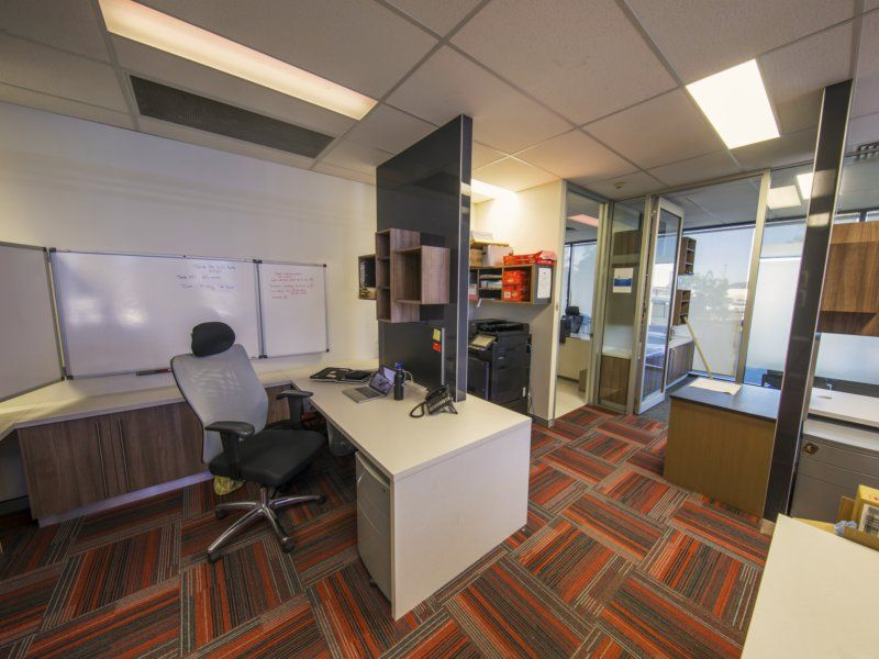 Occupy or Invest - Perfect Starter Office Located in Corridor Business Centre