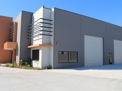 BRAND NEW -Trade Display with high exposure 500SQM FOR LEASE
