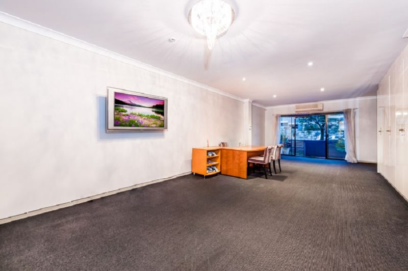 Modern Commercial Office in Enviable Location