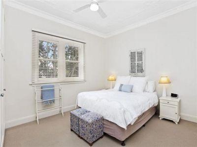 Quiet 2 Bedroom Apartment in Heart of Double Bay w/ Parking