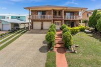 6 Dors Court Stafford Heights, Qld
