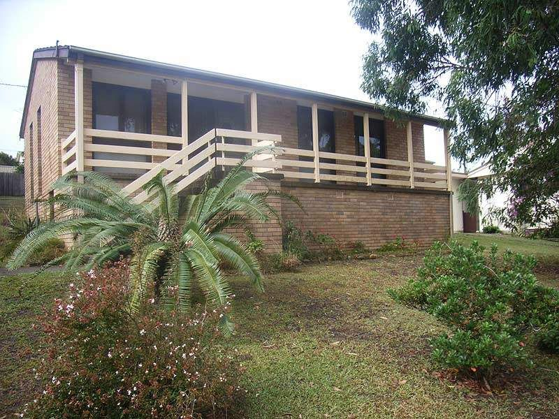 Neat and tidy 3 bedroom home.
