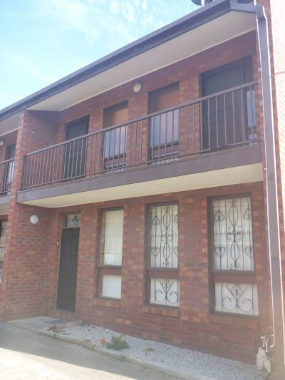 Comfortable Townhouse and in a Perfect Location