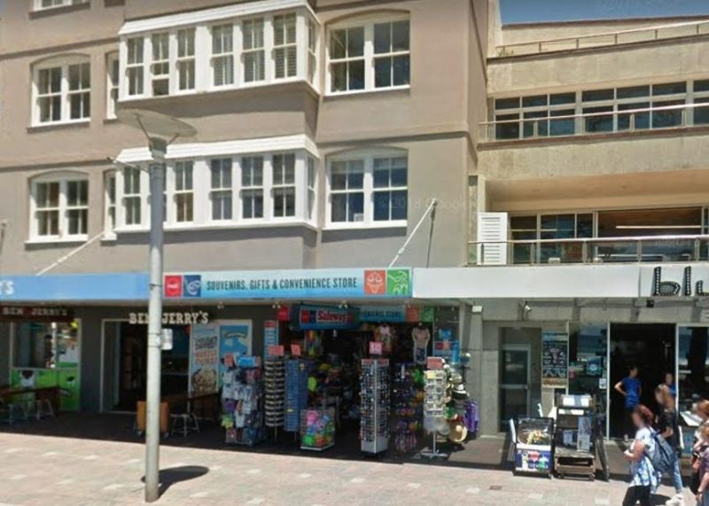 PROMINENT MANLY BEACHFRONT RETAIL SHOP