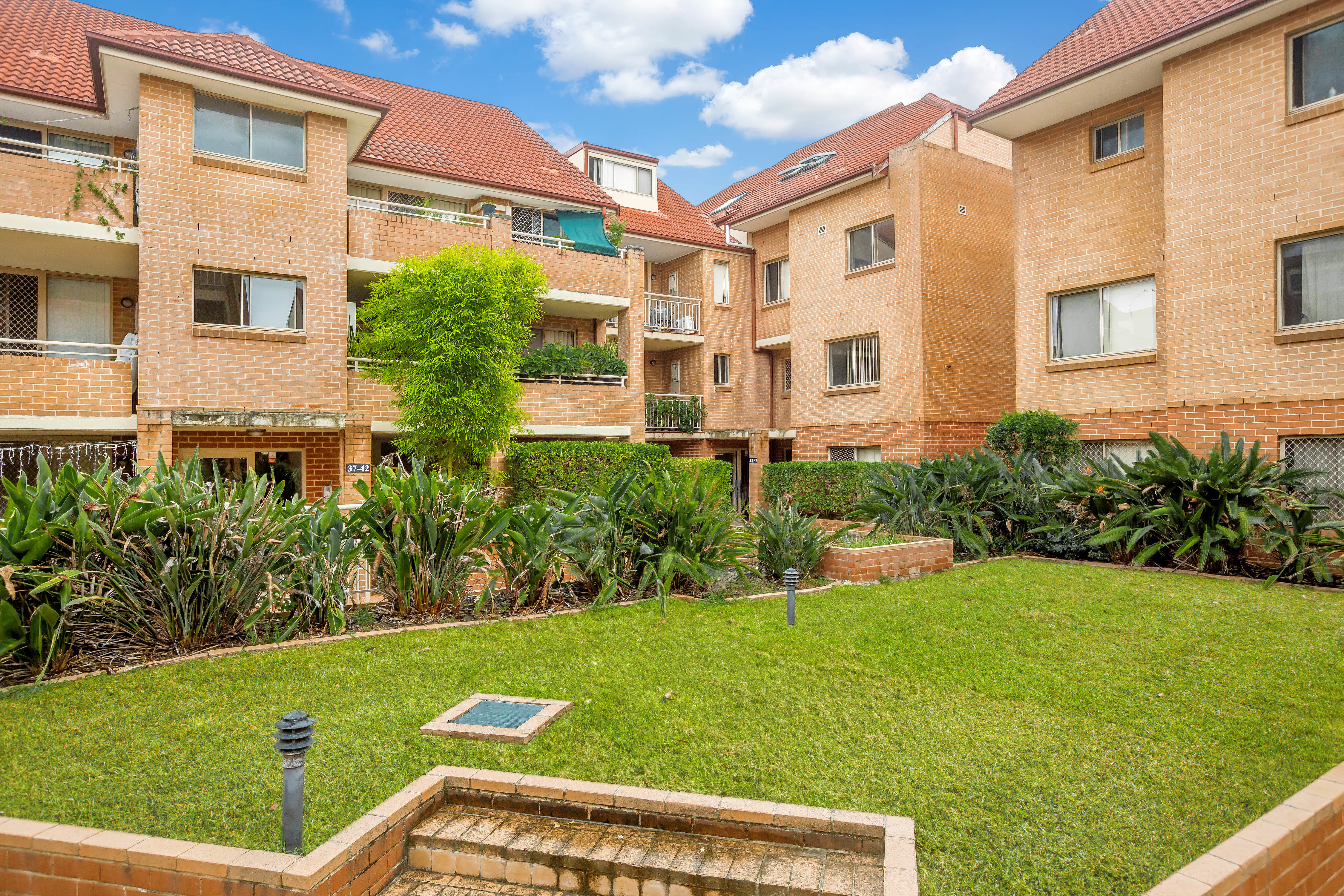 44/42-50 Hampstead Road, Homebush West