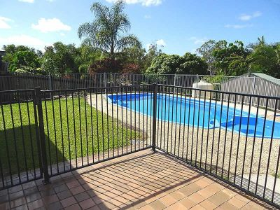 FAMILY HOME ON LARGE BLOCK WITH POOL