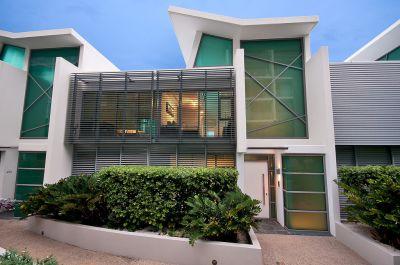 Superb East-Facing Waterfront Villa, Close to Marina