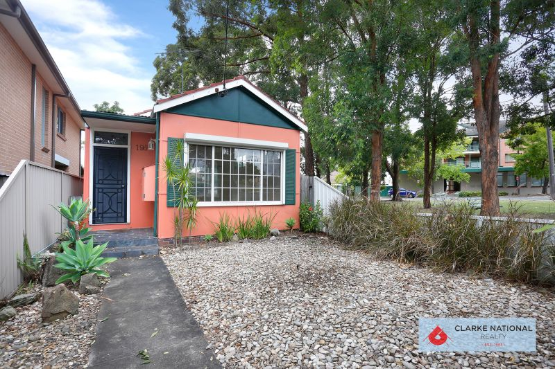 OPEN HOUSE CANCELLED - UNDER CONTRACT