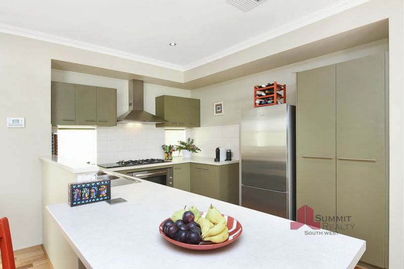 A Great Example Of Quality Living in the Forrest Estate
