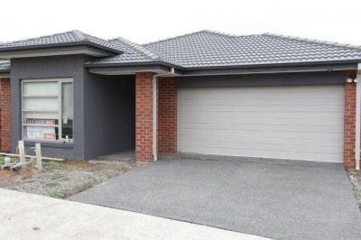 Brand New 4 Bedroom Home in a Great Location - A Lifestyle to Revel In!
