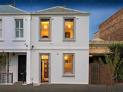Charming 3 bdr Home In Superb Location