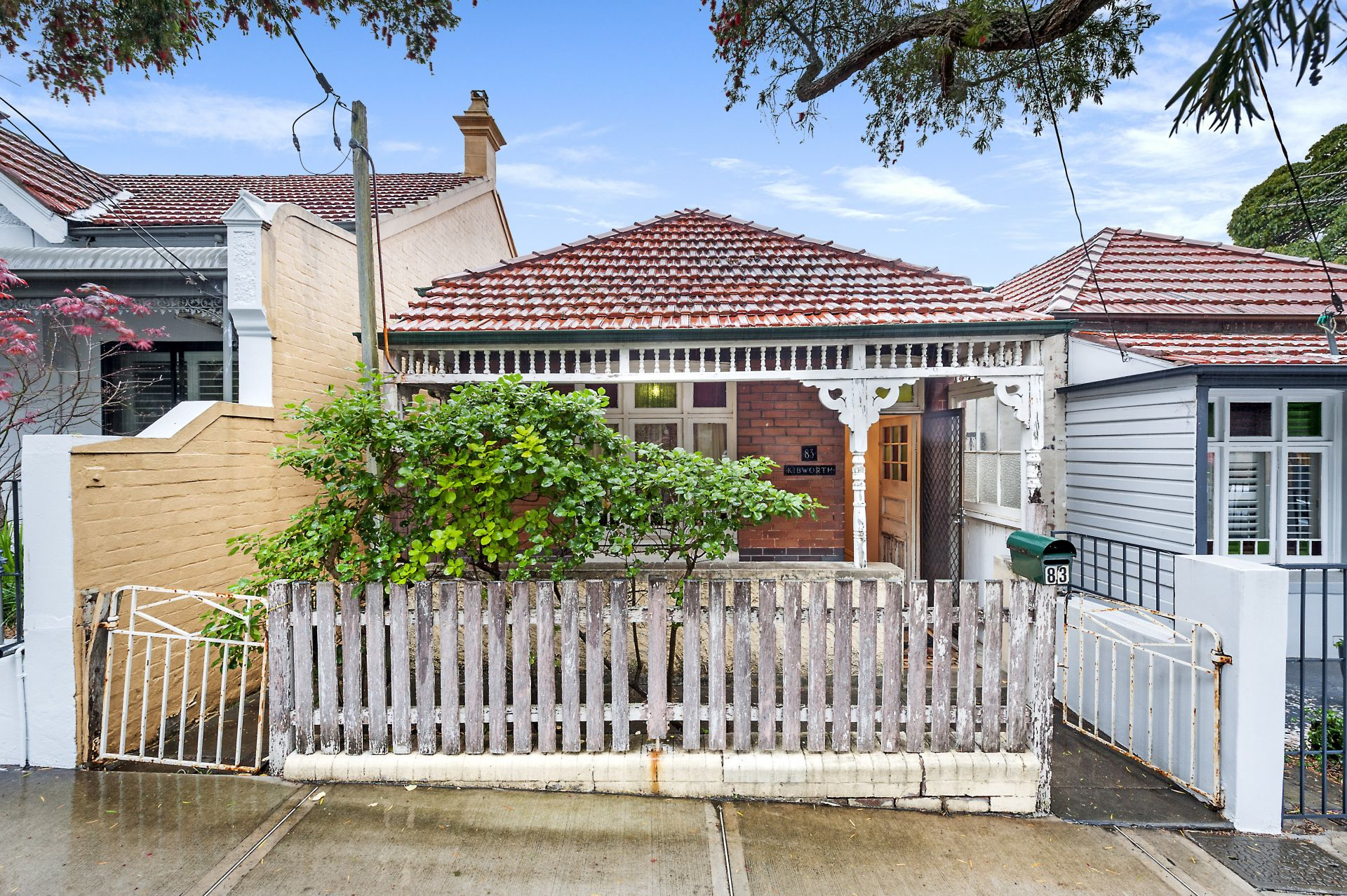 83 Northumberland Avenue, Stanmore
