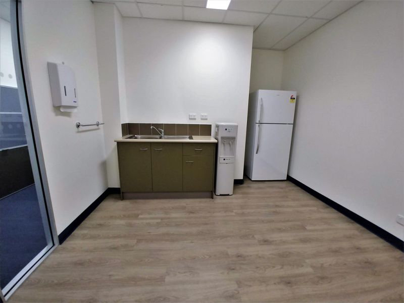 80m2* MURARRIE GROUND FLOOR OFFICE WITH FIT-OUT