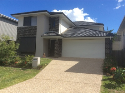 Family home with room for visitors, extended family or tenant in The Peninsula, Springfield Lakes
