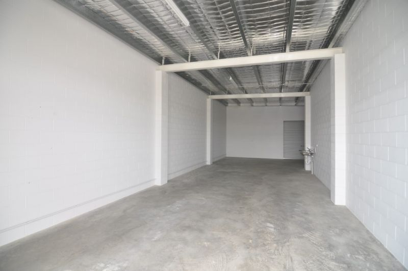 Modern warehouse or office unit for only $850 per month