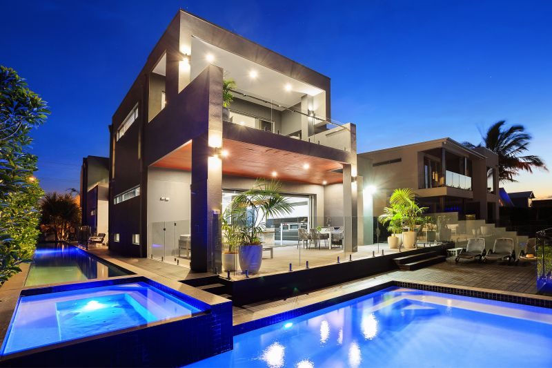 North-Facing Modern Masterpiece with Commanding Skyline Views