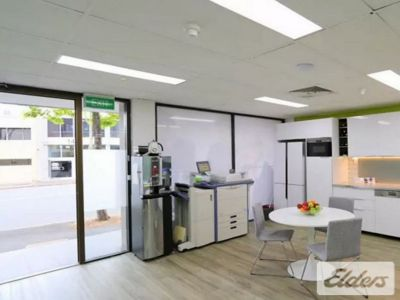 FUNCTIONAL GROUND FLOOR OFFICE /RETAIL