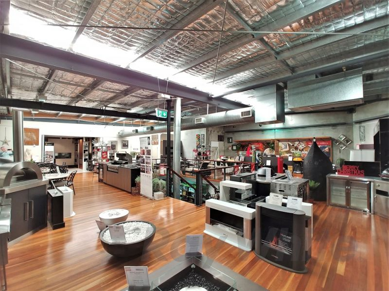 650sqm* SIZZLING TRADECOAST LEASED INVESTMENT
