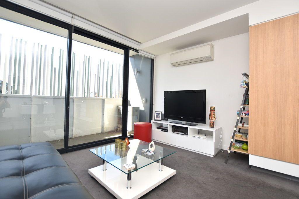 Spacious Apartment in an Unbeatable Location! L/B