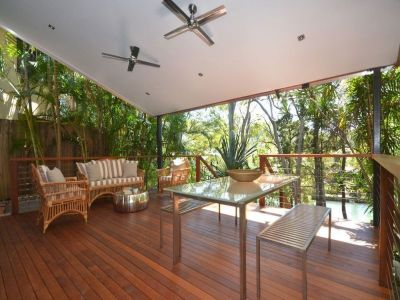 Contemporary Burleigh Heads Waterfront Home