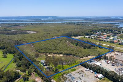 Need a Place with Space? How's Over 73,000sqm with a Near New Home?