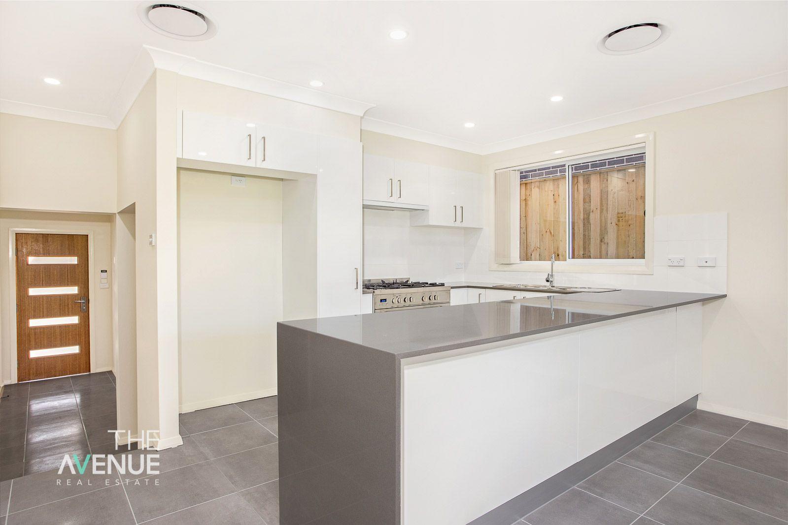 10 Goldstone Way, Box Hill NSW 2765