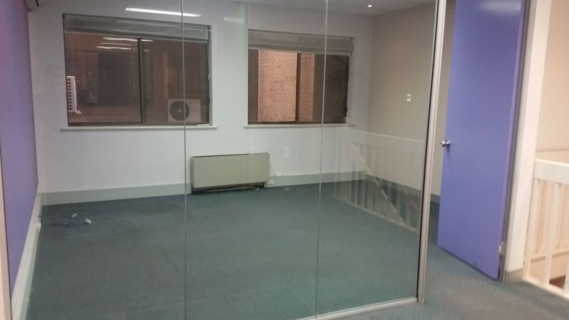 BUDGET OFFICE SPACE