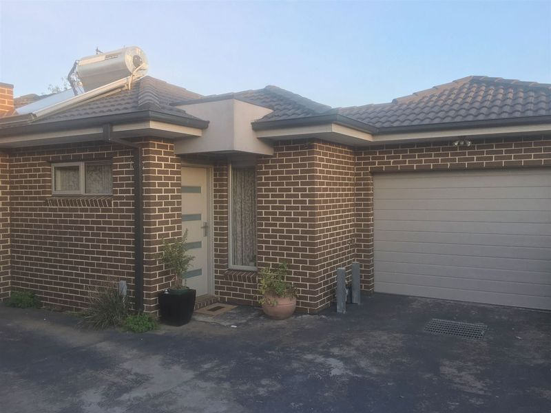 For Rent By Owner:: Lalor, VIC 3075