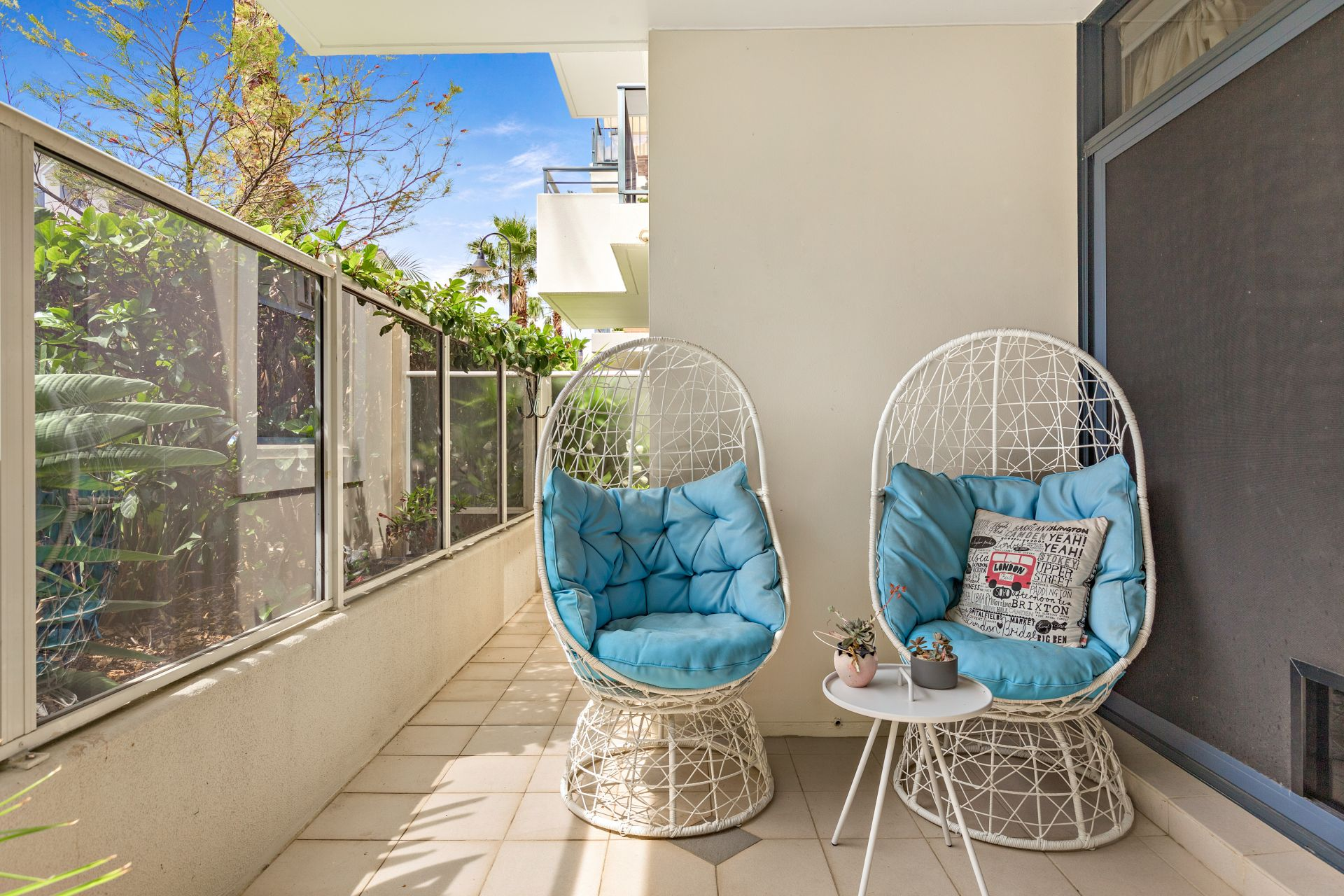 165/4 Dolphin Close, Chiswick