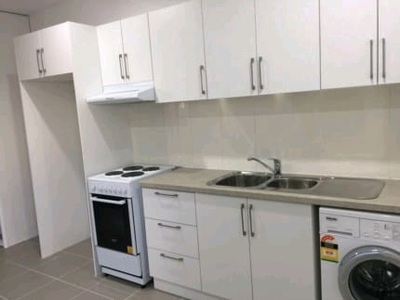 Self contained Studio for rent with car space
