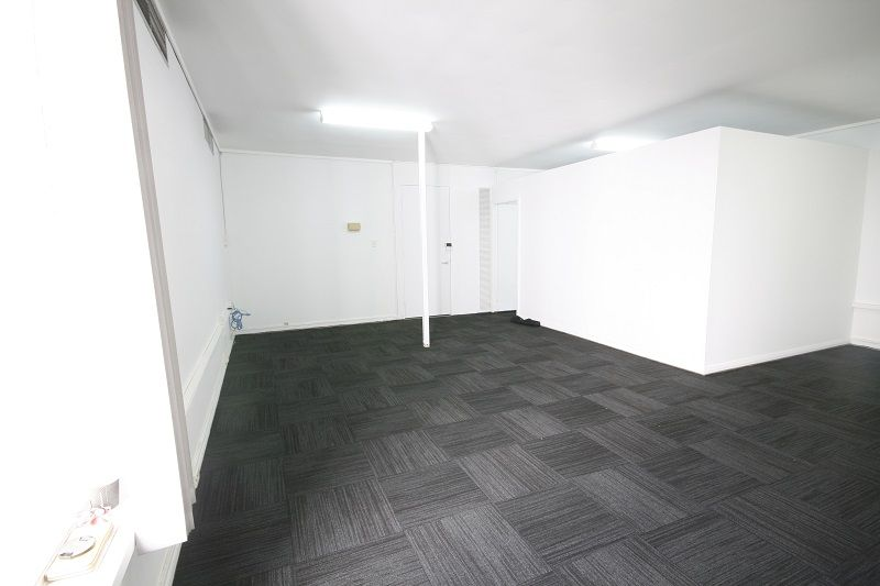Newly Refurbished 55sqm with Fit Out!