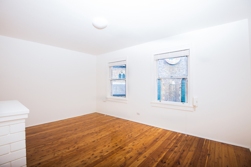 SPACIOUS 1 BEDROOM APARTMENT IN A ULTRA CONVENIENT LOCATION
