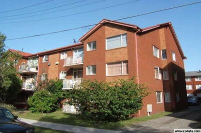 Bright & Spacious 2 Bedroom Unit for Lease!!!