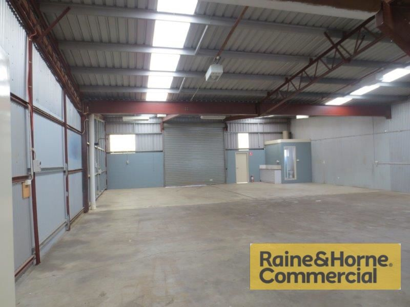 320sqm Light Industrial Manufacturing Unit