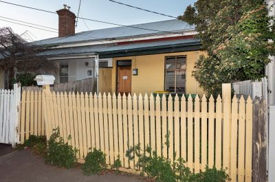 Charming, cosy home with Yarraville Village at your doorstep