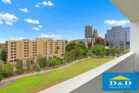 Elegant 2 bedroom apartment. Parramatta city centre. vast panoramic views overlooking parkland and city skyline.