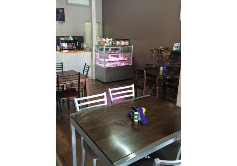 Popular Refurbished Freehold Cafe and Florist