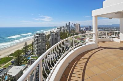 Stunning 563m2 Beach Side Penthouse - Unbeatable Value