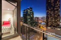 Immaculate Southbank Living