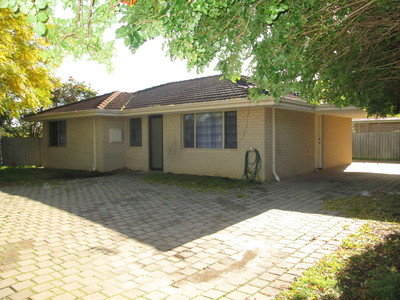 3 BEDROOM HOME WITH AMPLE PARKING