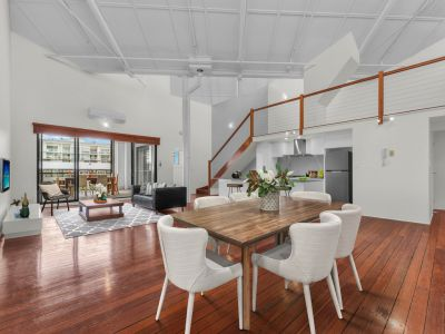 Ultra Spacious & Ultra Stylish -  212m2 of Premium Woolstore Apartment